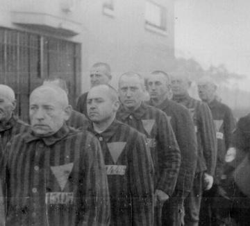 11 Listopada w Sachsenhausen