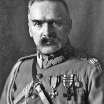 Z Pragi do Belwederu Marszałka Piłsudskiego powrót do władzy