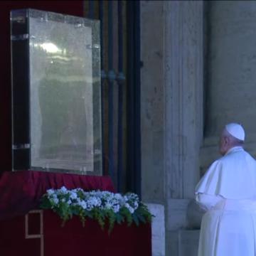 Papież Franciszek udzielił błogosławieństwa Urbi et Orbi