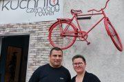 Czerwony Rower - jedząc pomagasz
